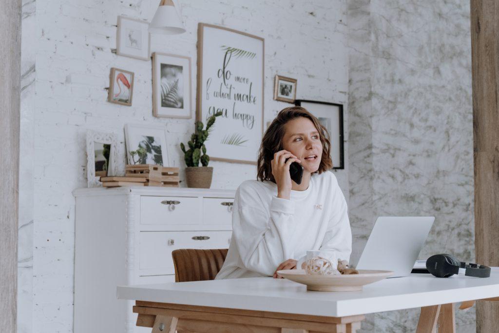 freelance-disponible-telephone